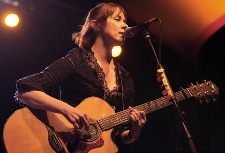 Us singer and songwriter Suzanne Vega pe