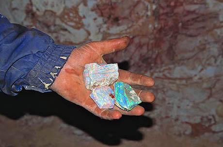 Handful Of Raw Uncut Opal, Quarter Million Dollars Worth, Coober