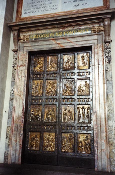 img.6 Porta santa