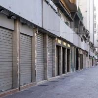 """Crollo della produzione, calano i consumi. Istat: """"Impatto senza precedenti sull'economia"""""""